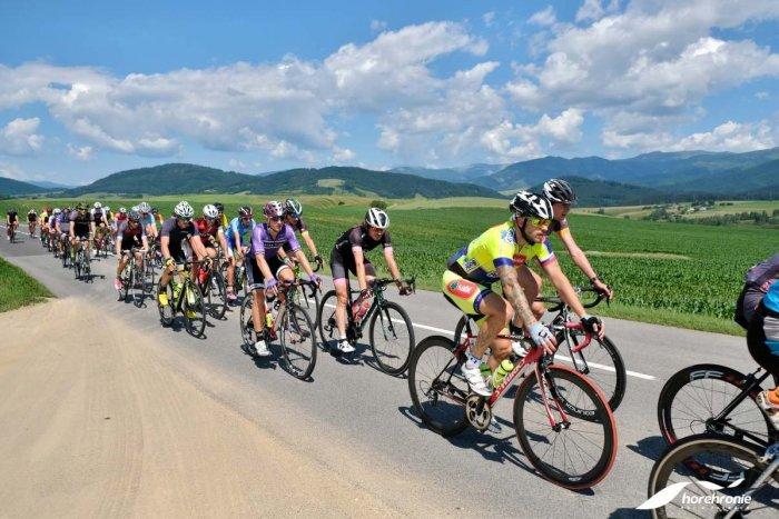 Ilustračný obrázok k článku Cyklistická horúčka na Horehroní: Pre milovníkov dvoch kolies je tu ďalší ročník pretekov