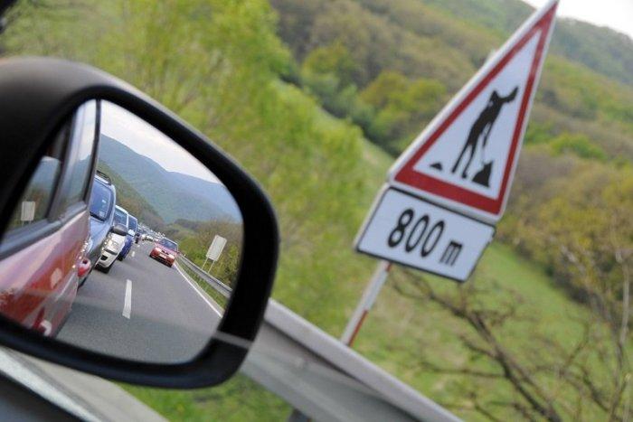Ilustračný obrázok k článku Na R1 pri Sliači rátajte s obmedzeniami: Potrvajú až niekoľko týždňov