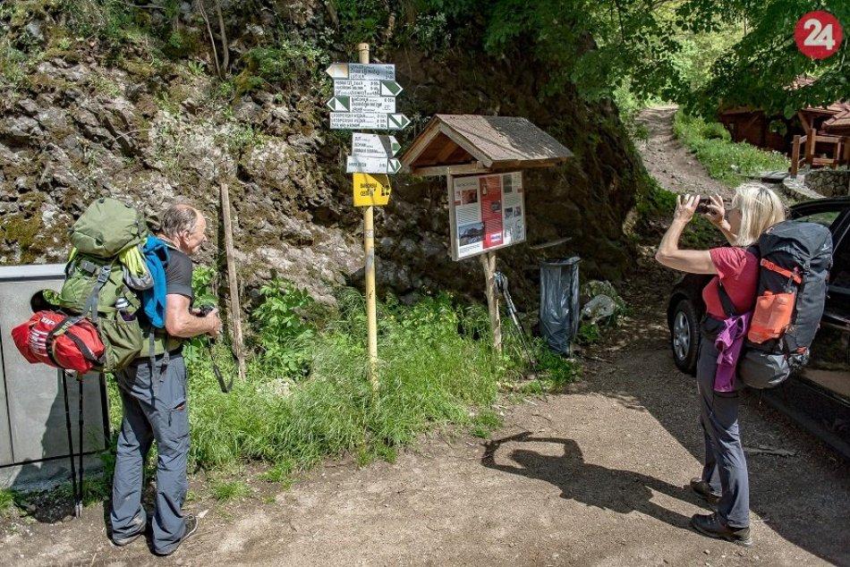 Ilustračný obrázok k článku Ideálny čas na výlet: Hrady Šášov a Revište si pripravili viaceré novinky