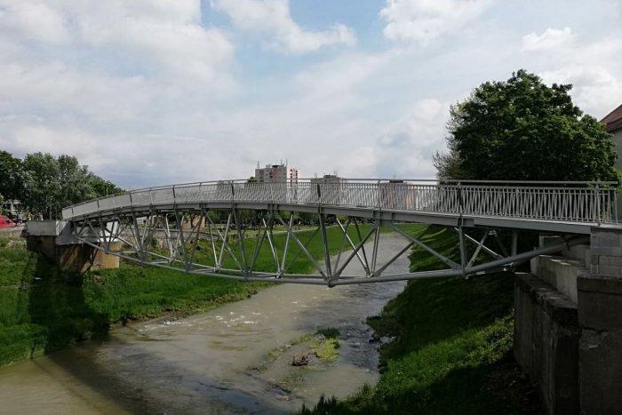 Ilustračný obrázok k článku Obmedzenie dopravy na Stráňanskom moste pre chodcov, cyklistov i vodičov