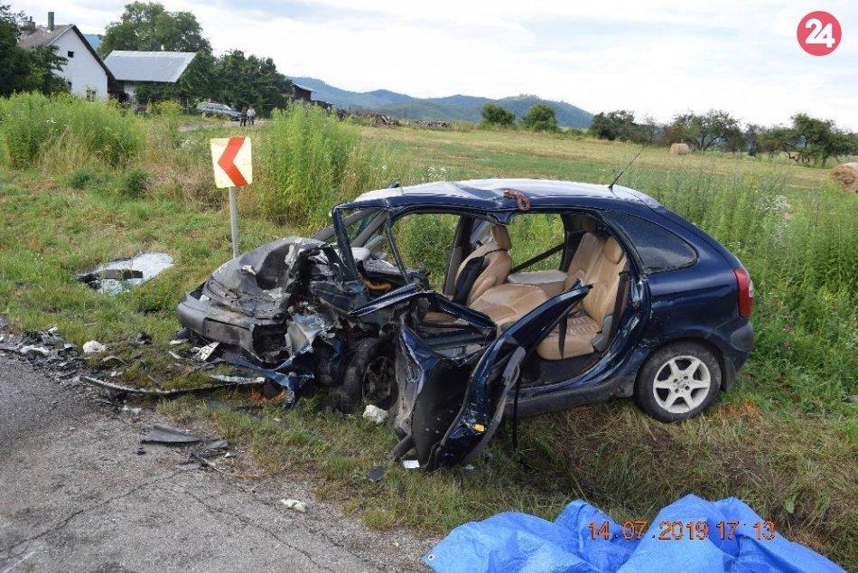 Ilustračný obrázok k článku Čelná zrážka áut na ceste pri Revúcej. Vyžiadala si 3 ťažko zranené osoby, FOTO