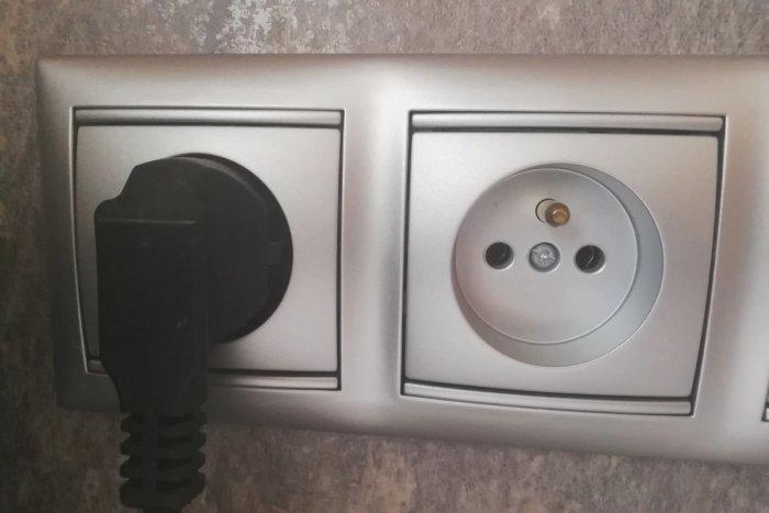 Ilustračný obrázok k článku Aby vás nič nezaskočilo: PREHĽAD októbrových odstávok elektriny v Topoľčanoch