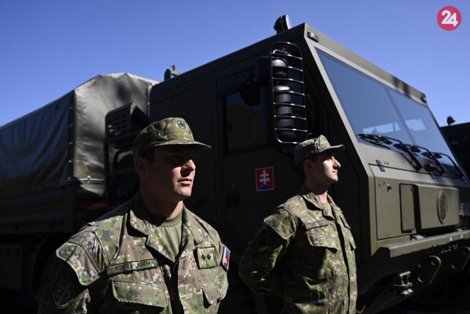 Ilustračný obrázok k článku Cez Slovensko sa bude presúvať vojenská technika: Týka sa to aj Zvolena