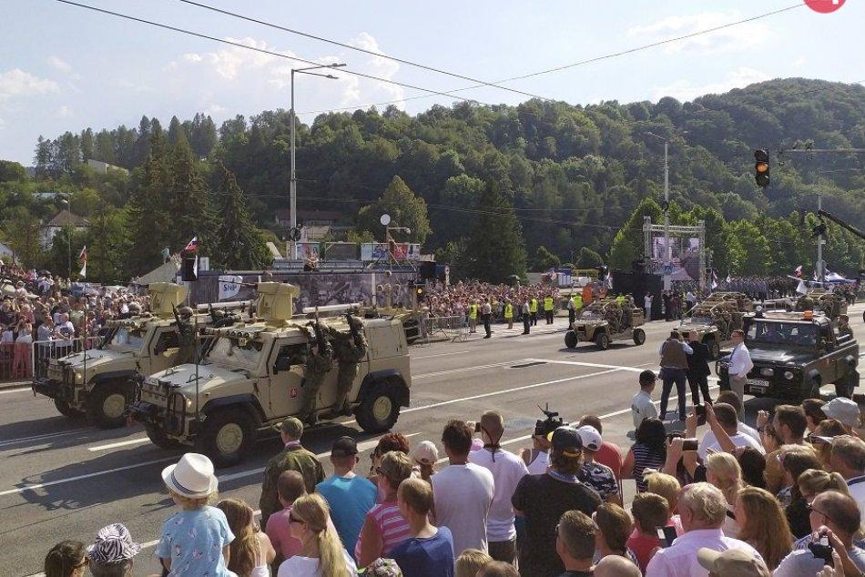 Ilustračný obrázok k článku Celonárodné oslavy SNP pritiahli davy: Podľa Mičeva len dopoludnia prišlo cez 20 000 ľudí