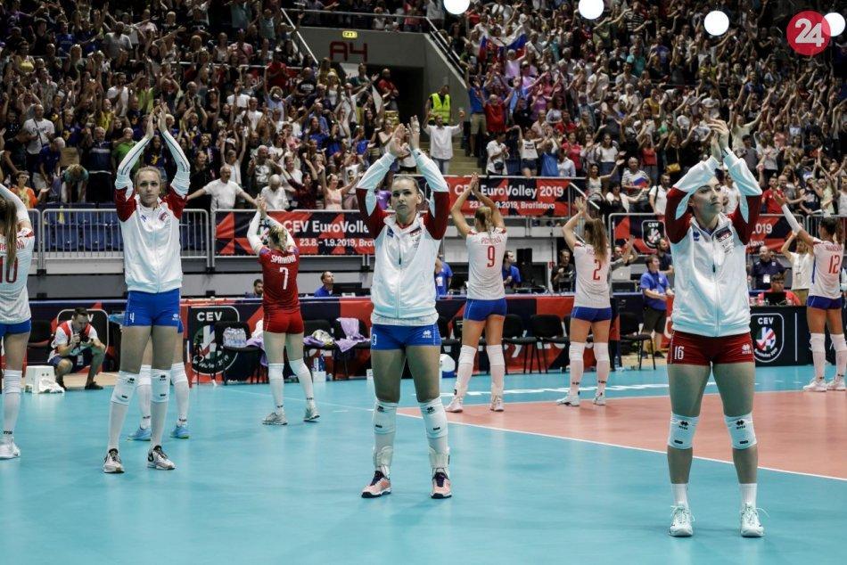 Ilustračný obrázok k článku Slovensky skončili v D-skupine tretie: Volejbalistky nastúpia proti Taliankam
