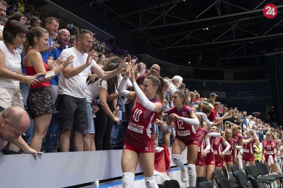 Ilustračný obrázok k článku Slovenky skončili na ME v osemfinále: Zápas sledoval rekordný počet divákov