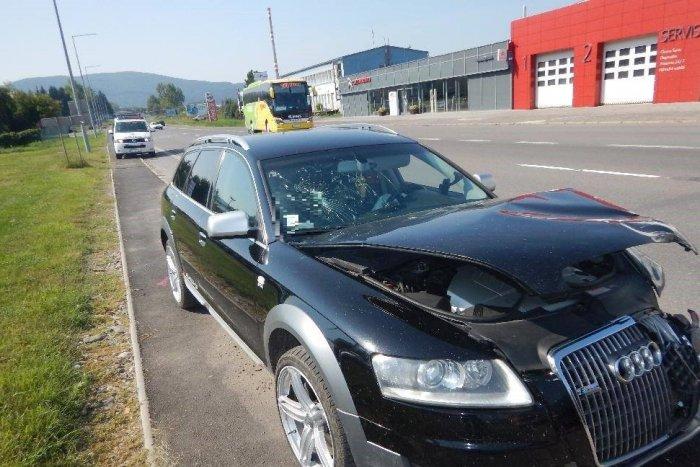 Ilustračný obrázok k článku Vodič (39) z Ladomerskej Viesky napálil do auta s policajtom: Vnútri aj malé dieťa! FOTO