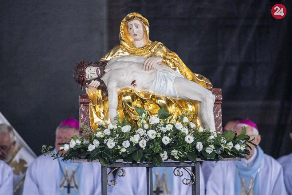 Ilustračný obrázok k článku Aké bude počasie pri návšteve pápeža? Organizátori: Intenzívne sa modlíme, aby bolo pekne