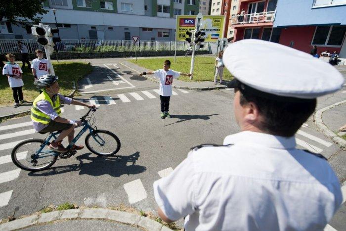 Ilustračný obrázok k článku Opäť posun k normálnemu životu v Spišskej: Otvára sa aj detské dopravné ihrisko