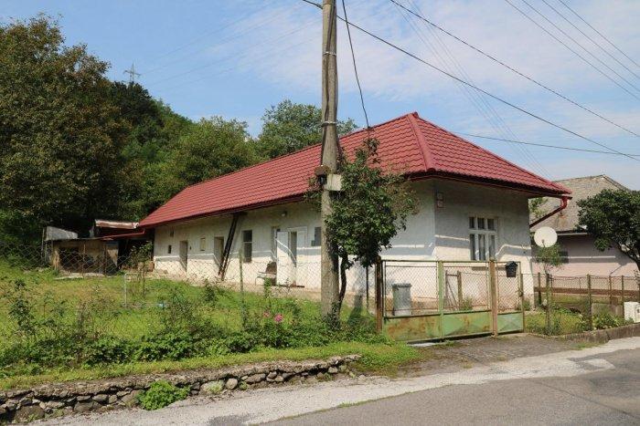 Ilustračný obrázok k článku Rodinný dom v Trnavej Hore, časť Jalná: Vhodný aj ako chata, VIDEO