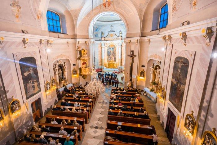 Ilustračný obrázok k článku Brezno bolo dejiskom 14. ročníka festivalu Horehronské slávnosti zborového spevu, FOTO