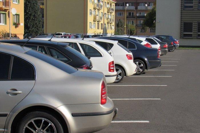 Ilustračný obrázok k článku Petíciou za spôsob výberu parkovného vo Zvolene sa poslanci nezaoberali: Prečo?