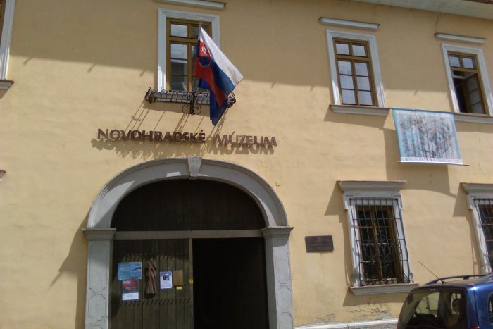 Ilustračný obrázok k článku Chcete spoznať dedičstvo Novohradu? Z lučeneckého múzea prišla dobrá správa