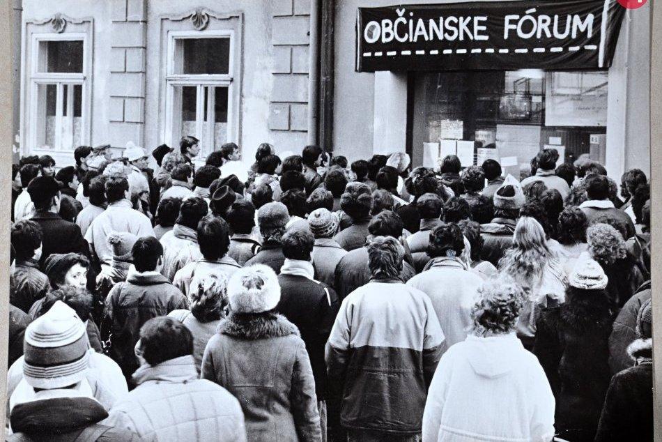 Ilustračný obrázok k článku Aké akcie budú v rámci osláv 30. výročia novembrovej revolúcie v kraji?