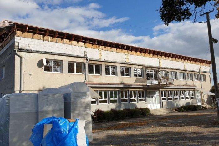 Ilustračný obrázok k článku Veľká investícia v obci neďaleko Revúcej: Obnoví budovu obecného úradu a kultúrneho domu