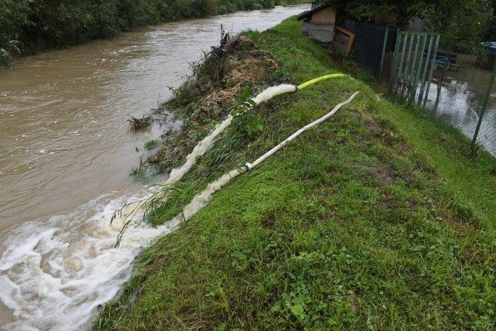 Ilustračný obrázok k článku Mimoriadna situácia v Dobšinej: Voda strhla most!