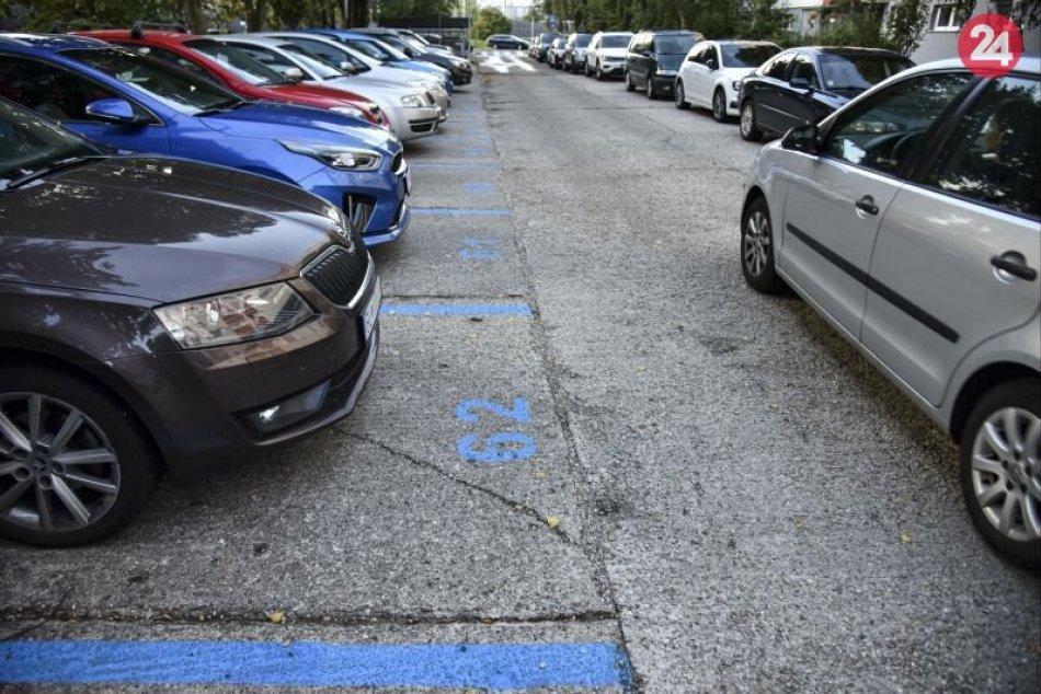 Ilustračný obrázok k článku Zvolen obdržal petíciu za spôsob výberu parkovného: Takto reaguje viceprimátor