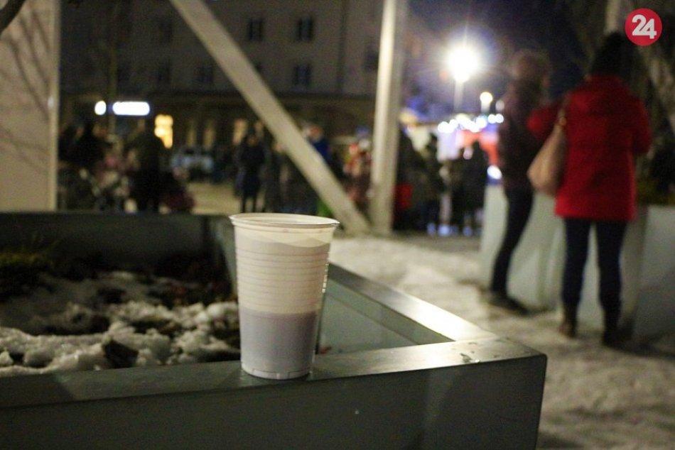Ilustračný obrázok k článku Vianočné trhy v Žiari definitívne nebudú: Punč si ale možno predsa len vychutnáme