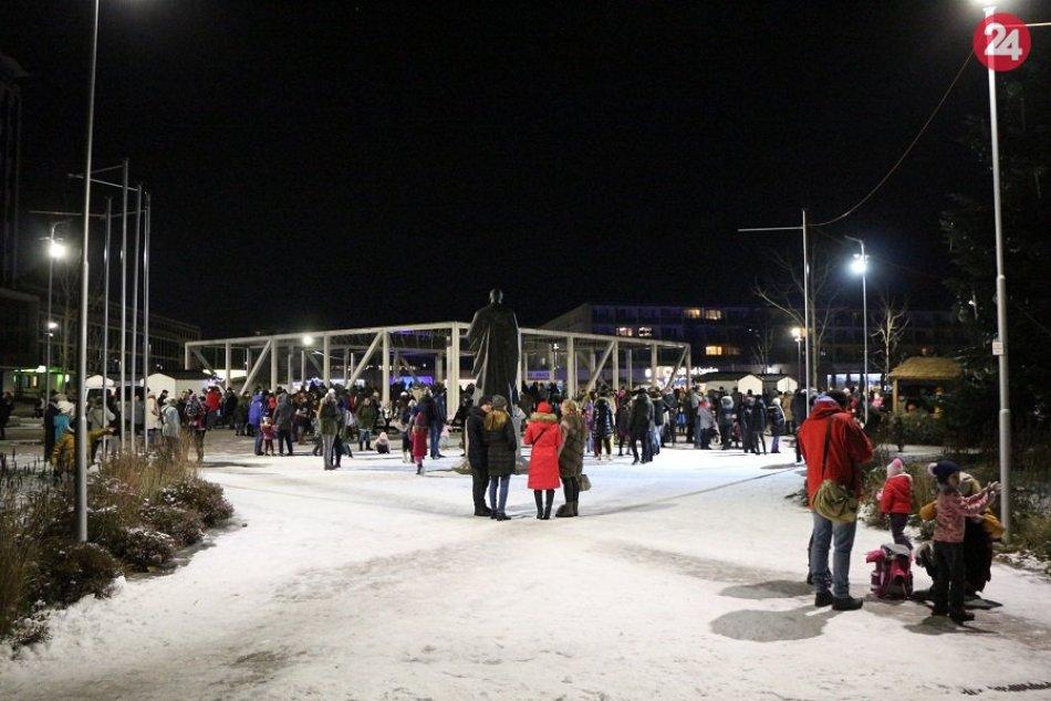 Ilustračný obrázok k článku Sviatočná atmosféra v Žiari: Mikuláš bude, nad vianočnými trhmi visí otáznik