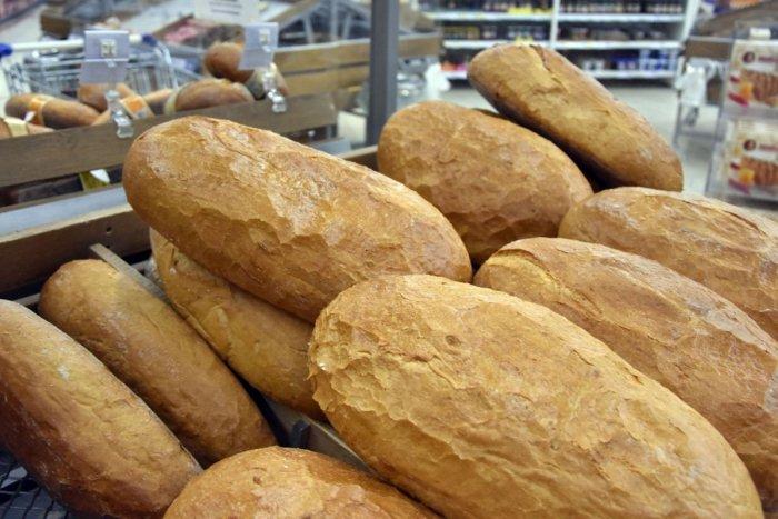 """Ilustračný obrázok k článku ZLÁ správa: Chlieb a pečivo budú DRAHŠIE! Štát sa na pekárov """"vykašľal"""", nemajú na výber"""