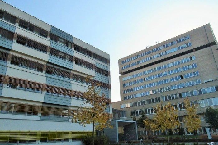 Ilustračný obrázok k článku Na Slovensku počet pacientov v nemocniciach opäť stúpol: Ako je na tom Prešov?