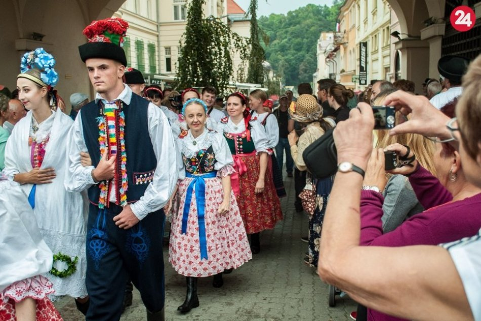Ilustračný obrázok k článku TIPY na týždeň: Bystričanov čaká poriadna dávka folklóru aj olympiáda