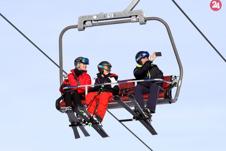Ilustračný obrázok k článku Liptov a Vysoké Tatry bijú na poplach: Chceme bojovať o spustenie lyžiarskej sezóny!