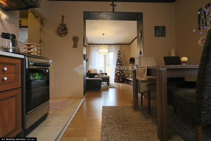 Ilustračný obrázok k článku Nové bývanie v Žiari? Útulne zrekonštruovaný a zariadený tehlový byt, FOTO + VIDEO
