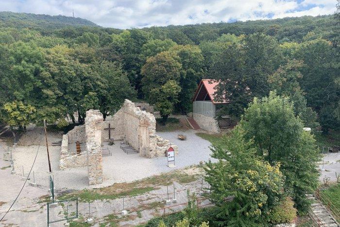 Ilustračný obrázok k článku Zoborský kláštor s novinkami: Rozšírená 3D realita ponúkne ďalšie zážitky