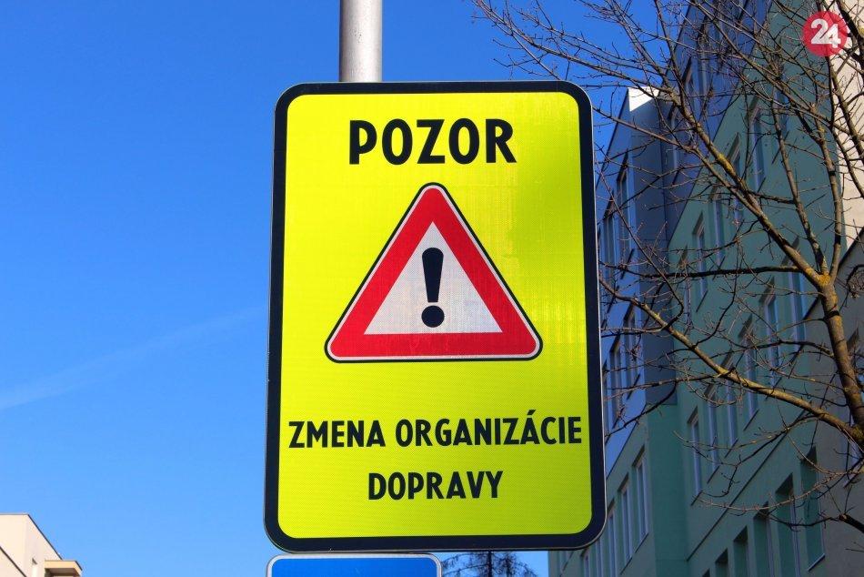 Ilustračný obrázok k článku V Podbrezovej sa bude treba obrniť trpezlivosťou: Na čo upozorňujú policajti?