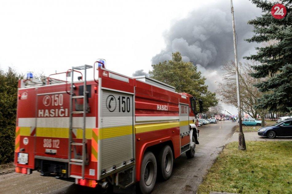 Ilustračný obrázok k článku Polícia uzavrela Dobšinský kopec: Dôvodom je hustý dym z požiaru