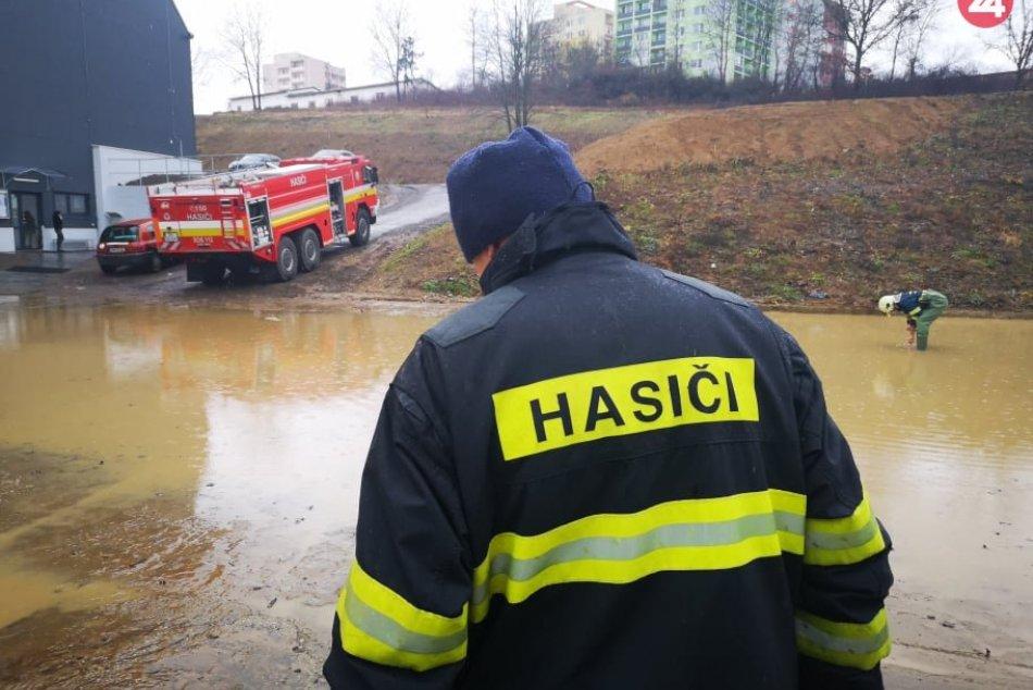 Ilustračný obrázok k článku Pre Žilinský kraj platia výstrahy, hrozia aj povodne: Reč je o týchto okresoch