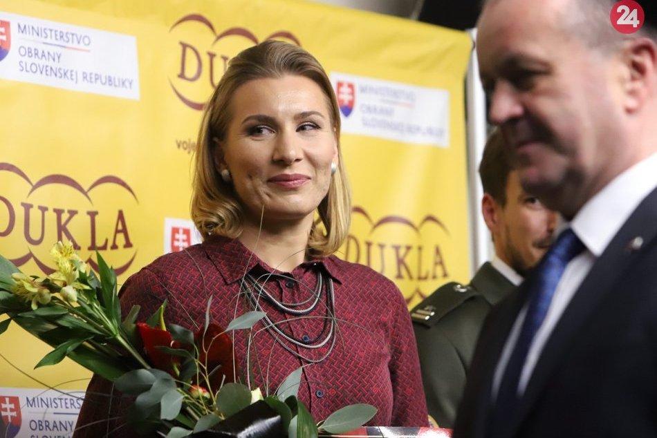 Ilustračný obrázok k článku Anastasia Kuzminová mala v Michalovciach svoju premiéru: Prišla kvôli Žofčákovi