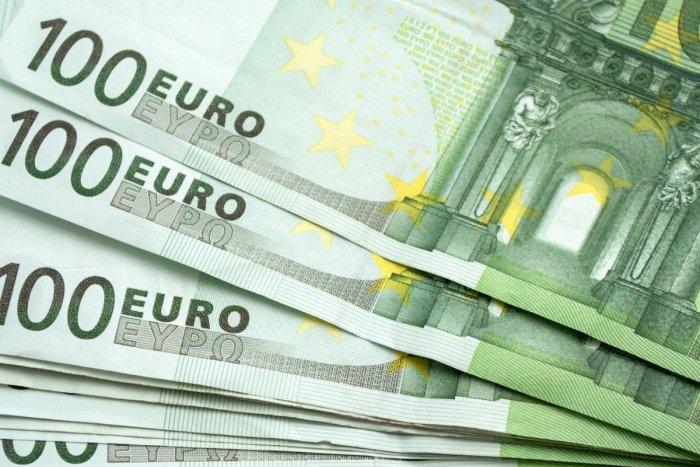 Ilustračný obrázok k článku Padlo rozhodnutie krajských poslancov: BBSK si vezme 30-miliónový úver