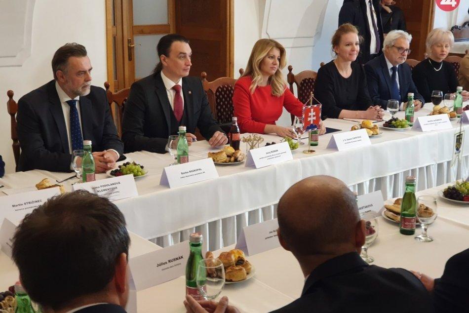 Ilustračný obrázok k článku Prezidentka Zuzana Čaputová na návšteve Rožňavy: Čo prezradila o našom regióne? FOTO, VIDEO