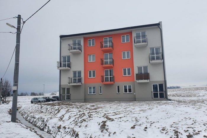Ilustračný obrázok k článku V Ľubeli postavili prvý nájomný bytový dom: V pláne sú aj ďalšie