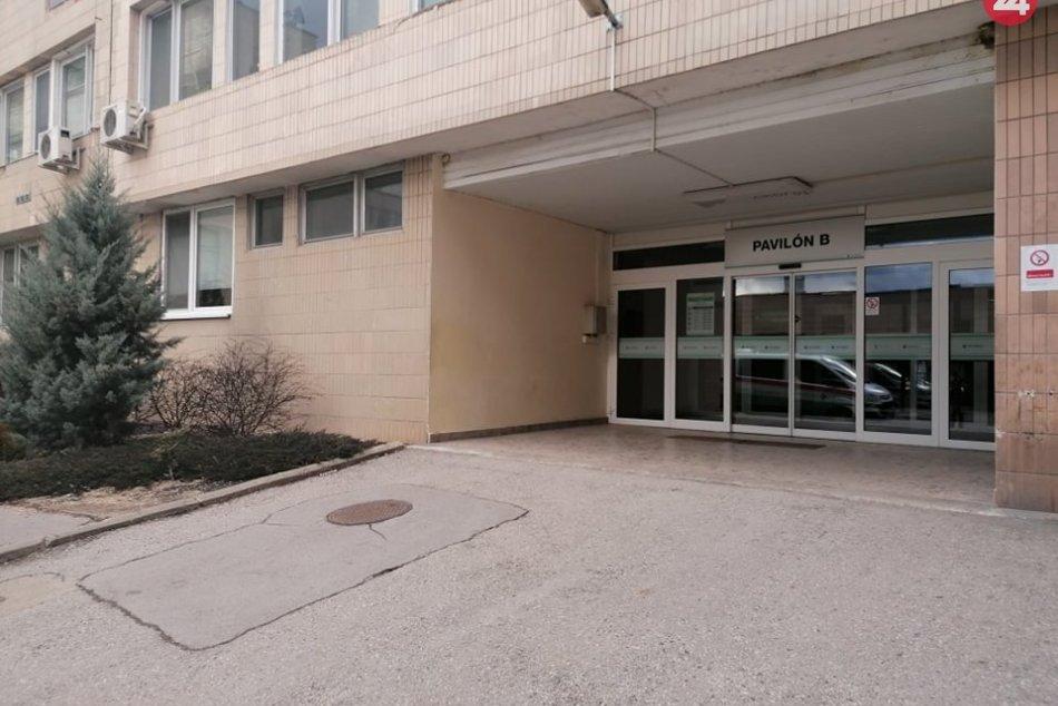 Ilustračný obrázok k článku Aktuálne v rožňavskej nemocnici: 33 pacientov s ochorením COVID-19, 29 z nich potrebuje kyslík