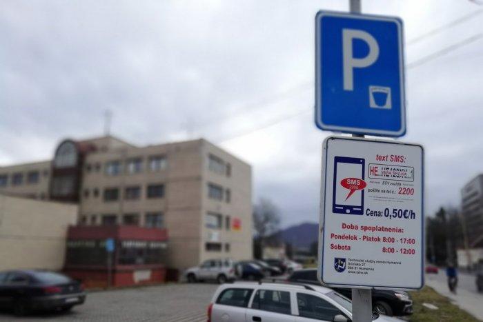 Ilustračný obrázok k článku Parkovanie v Humennom bude jednoduchšie. Mesto spustilo aplikáciu