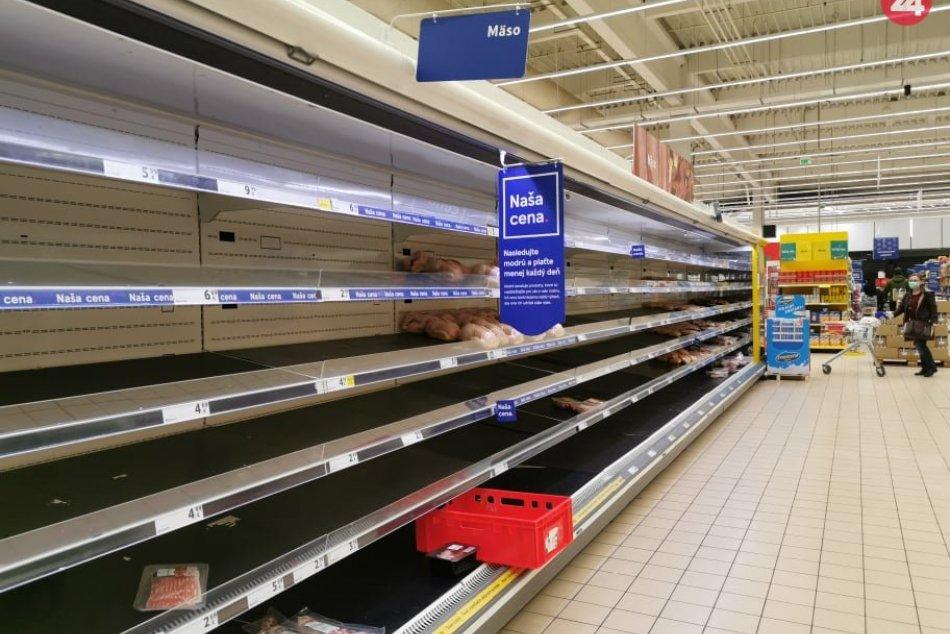 Ilustračný obrázok k článku Dopadneme ako Británia? Aj nám hrozí kolaps zásobovania, varuje Česmad