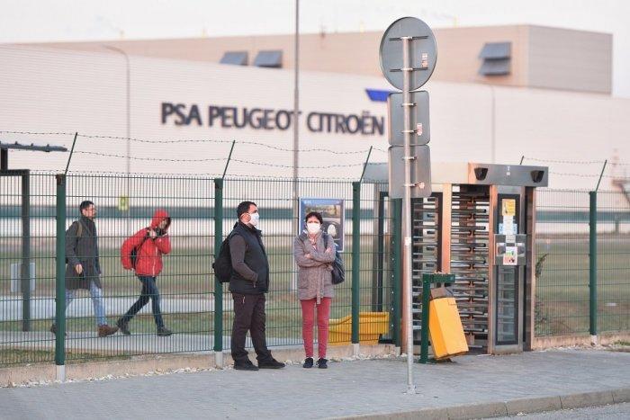 Ilustračný obrázok k článku V PSA zastavili výrobu, prišlo aj na ďalšie opatrenia