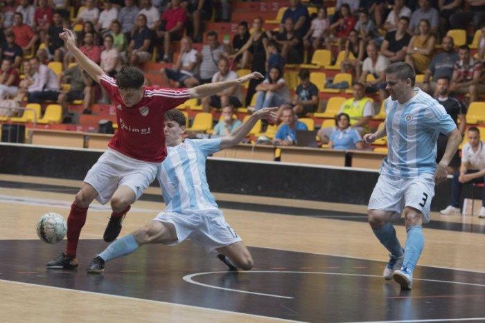 Ilustračný obrázok k článku Lučeneckí futsalisti spoznali súpera: Predkolo na palubovke lotyšského šampióna
