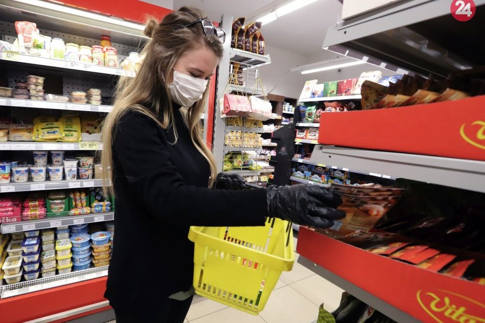 Ilustračný obrázok k článku Seniori sa dočkali: Donáška potravín už funguje vo všetkých okresoch kraja, FOTO