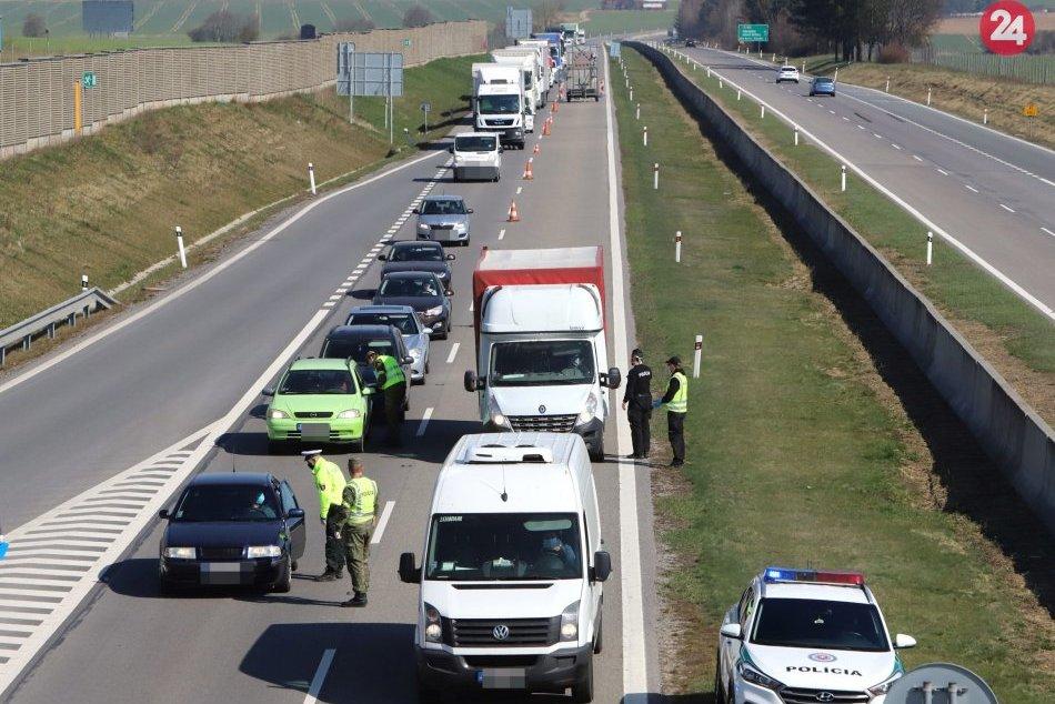 Ilustračný obrázok k článku Nehoda auta a kamióna na R1 pri Žiari: Tadiaľto teraz vôbec neprejdete!