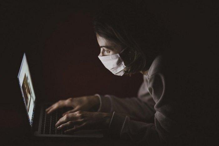 Ilustračný obrázok k článku Podvodné emaily sa šíria aj v Nitrianskom kraji: Môžu vás pripraviť o stovky eur