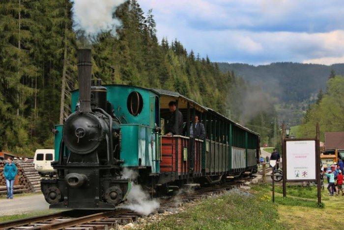 Ilustračný obrázok k článku Parádny úlovok vo Švajčiarsku: Čiernohronská železnica získala 17 električkových vozňov