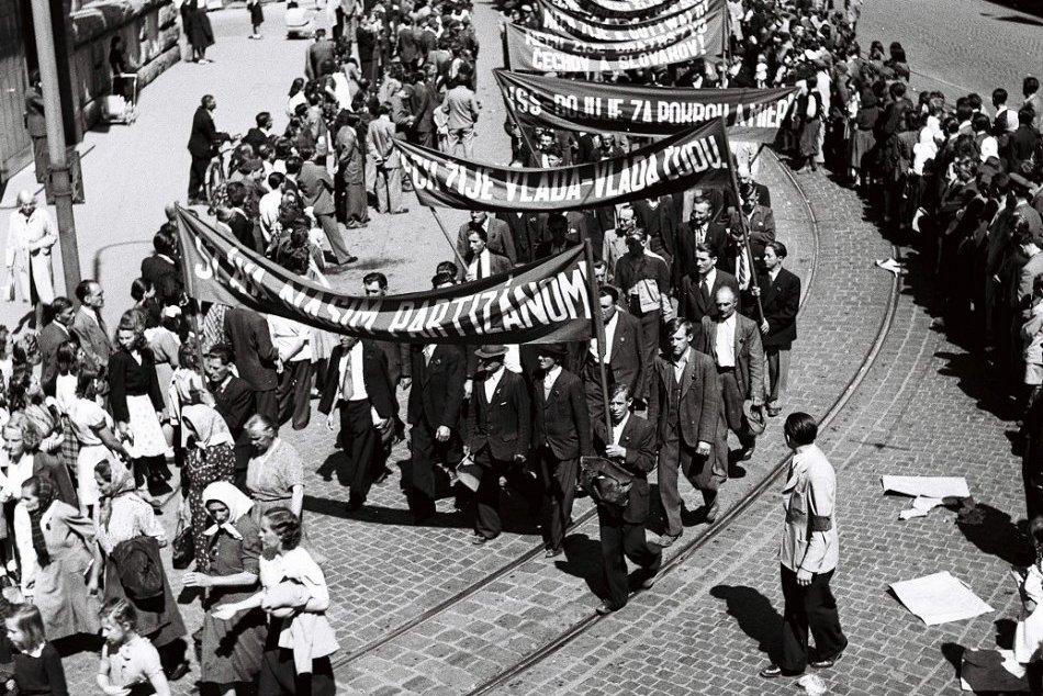 Ilustračný obrázok k článku Prvý máj oslavujeme už vyše 100 rokov: Poznáte históriu Sviatku práce? + KVÍZ