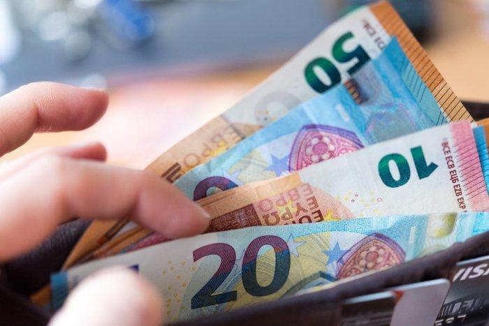 Ilustračný obrázok k článku Celkový dlh kraja je 17,4 milióna eur: Koľko to vychádza na obyvateľa?