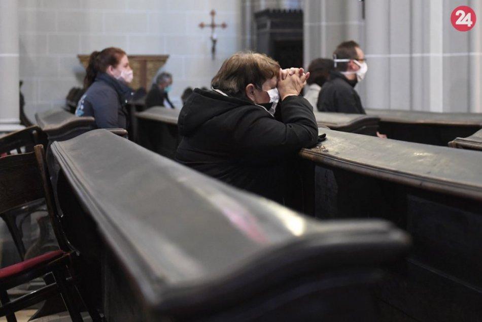 Ilustračný obrázok k článku Konečne si uľavia na duši: Bohoslužby by čoskoro mohli byť s účasťou veriacich