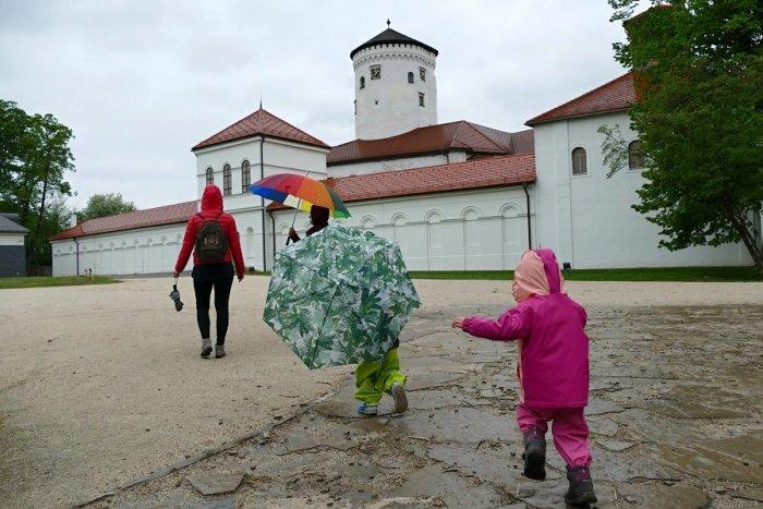 Ilustračný obrázok k článku Budatínsky park je už otvorený, pribudnú aj prehliadky: Ako budú vyzerať opatrenia? VIDEO