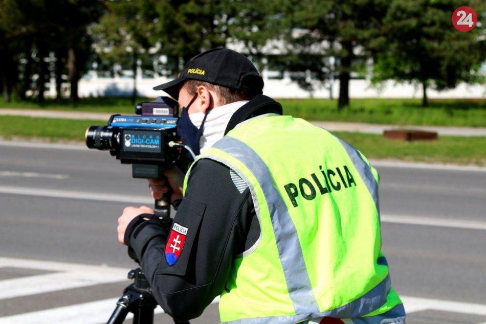 Ilustračný obrázok k článku FOTO: Policajti si posvietili na vodičov. Odhalili niekoľko prípadov jazdy pod vplyvom alkoholu